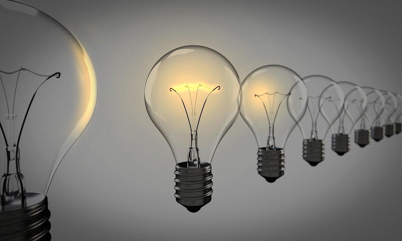 Conoce tus derechos como consumidor y usuario de las compañías de luz